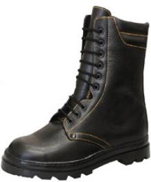 Ботинки кожаные с высоким берцем